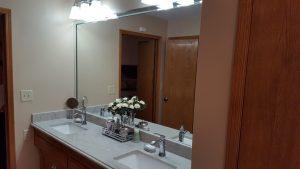 porter-bathroom 2-min