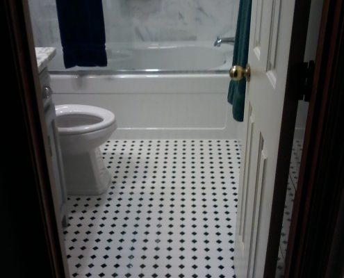 Stimetz Hall Bathroom 2