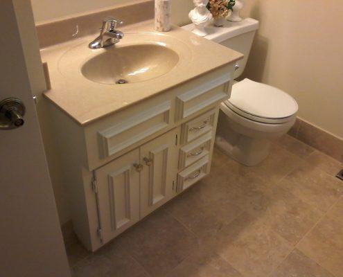 Rocker Bathroom 6