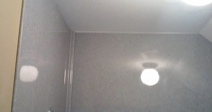 Onyx Shower Surround to ceiling 2