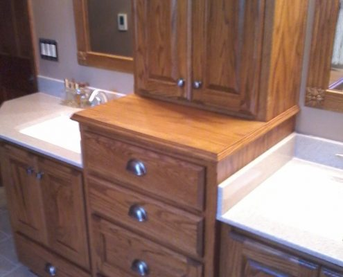 Schnieder Shower Onyx Bathroom Cabinets